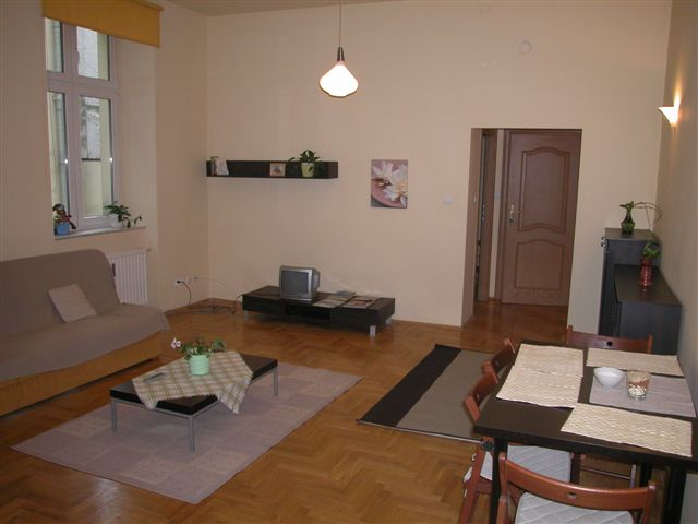 appartements cracovie le kazimierz quartier appartement ratuszowy vii. Black Bedroom Furniture Sets. Home Design Ideas