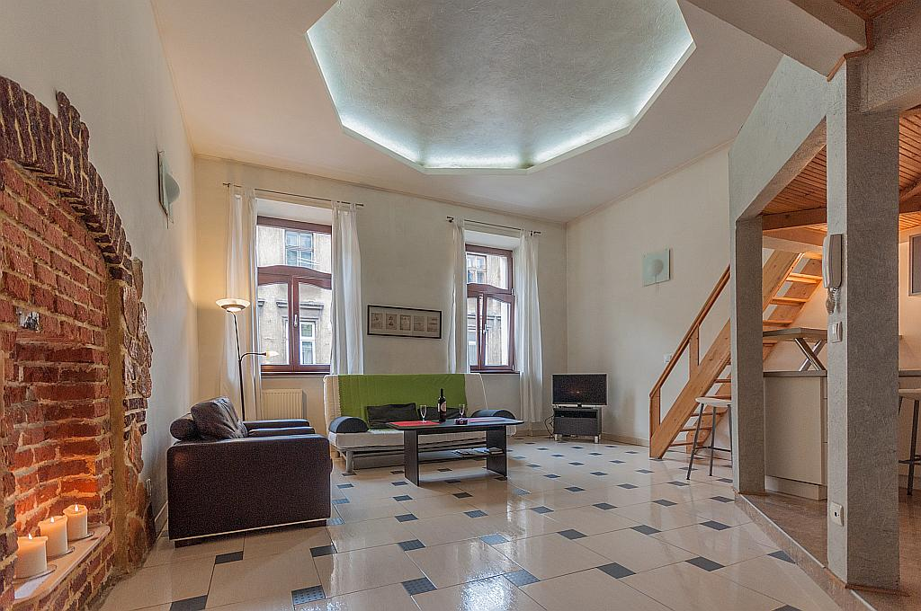 Apartment DaVinci Krakow accommodation reservation ...